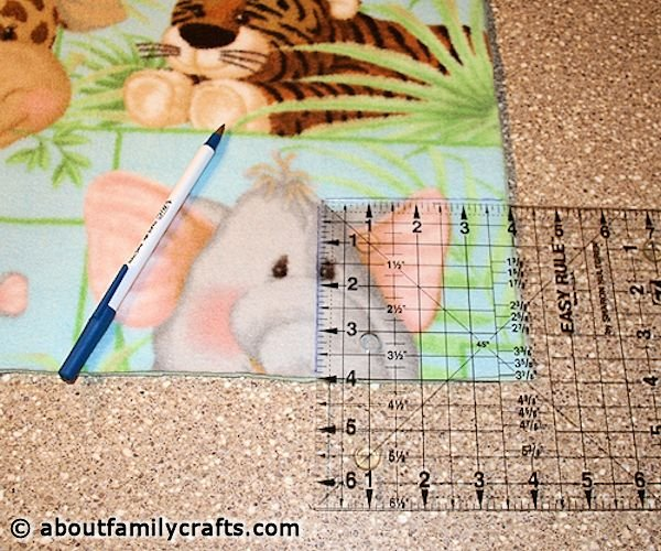 Fleece blanket how to cut and measure corners