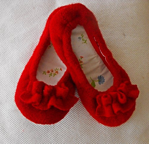 Cozy Ruffle Slipper Tutorial